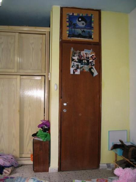 א_1 כניסה לחדר לפני