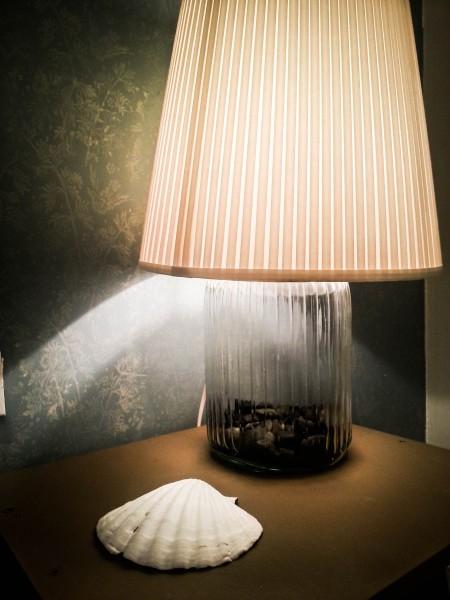 מנורת לילה מצנצנת