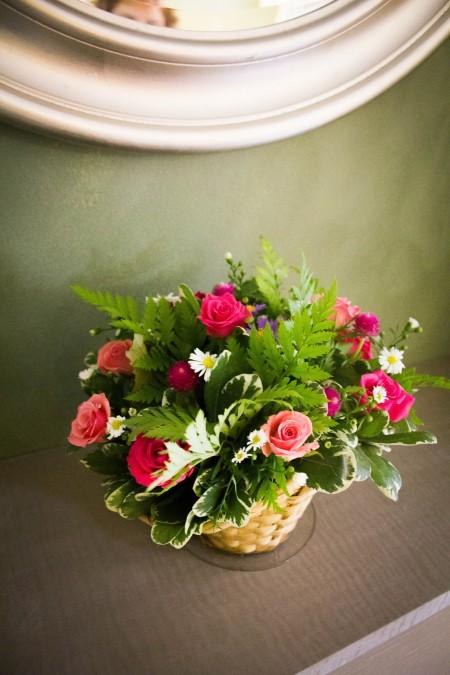 סלסלת פרחים מעוצבת