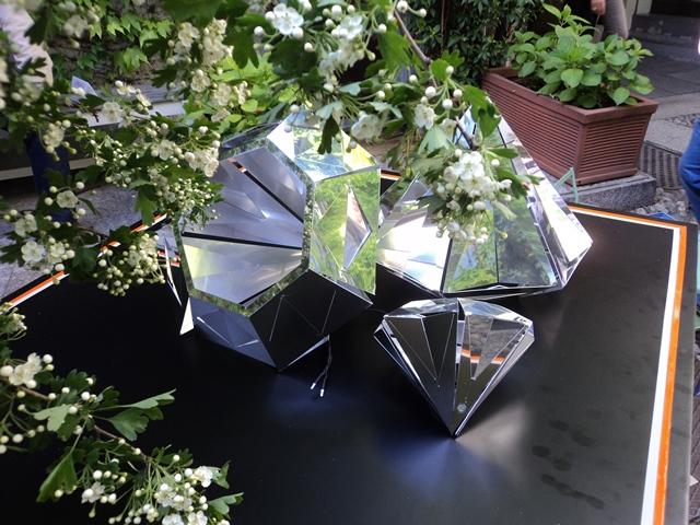 מנורה בצורת יהלום