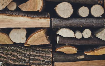 עצים להסקה מעוצבים